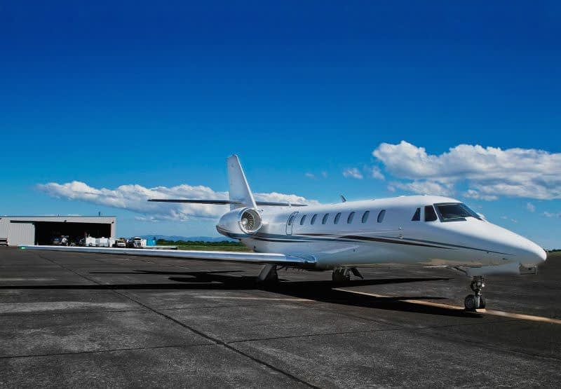 aircraft tyres wheels distributor supplier business corporate private airplane jet king air gulfstream